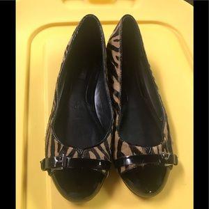 White House Black Market Ballet Flats